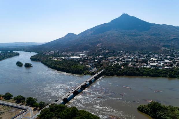 Rio Doce sofre com 80% do esgoto despejado sem tratamento